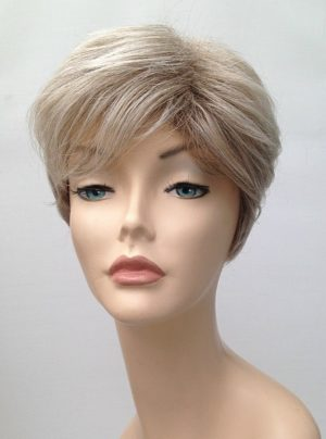 blonde ladies short wig