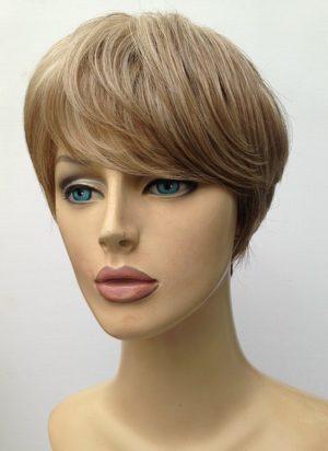 Ladies highlighted short wig