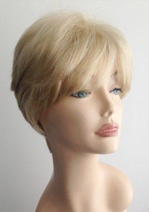 blonde wig Hannah