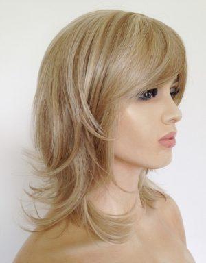 Carrie blonde wig