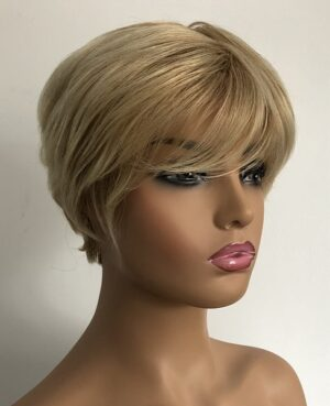 Short blonde wig Carmel